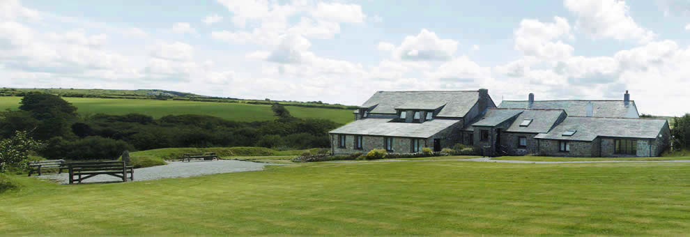 Holiday cottages at East Rose Farm, Bodmin, Cornwall